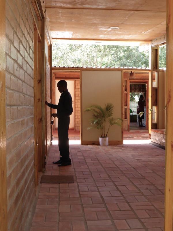 mzuzu-malawi-africa-clinic-architect-8